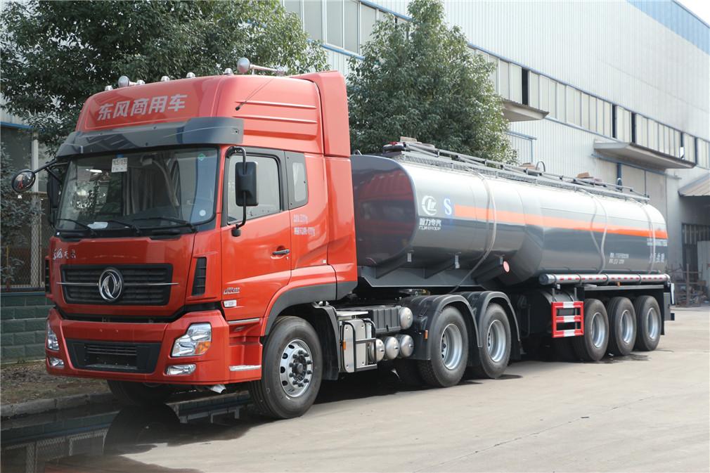易燃性、腐蚀性物品罐式3轴半挂运输车