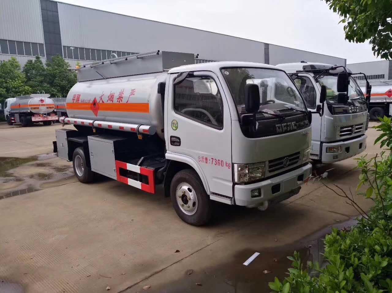 东风小多利卡【5立方】易燃液体运输车